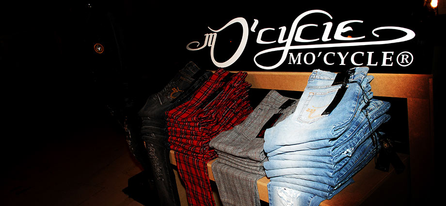 MO'CYCLE-jeans-store-design-by-the-artist-Moses-Shahrivar